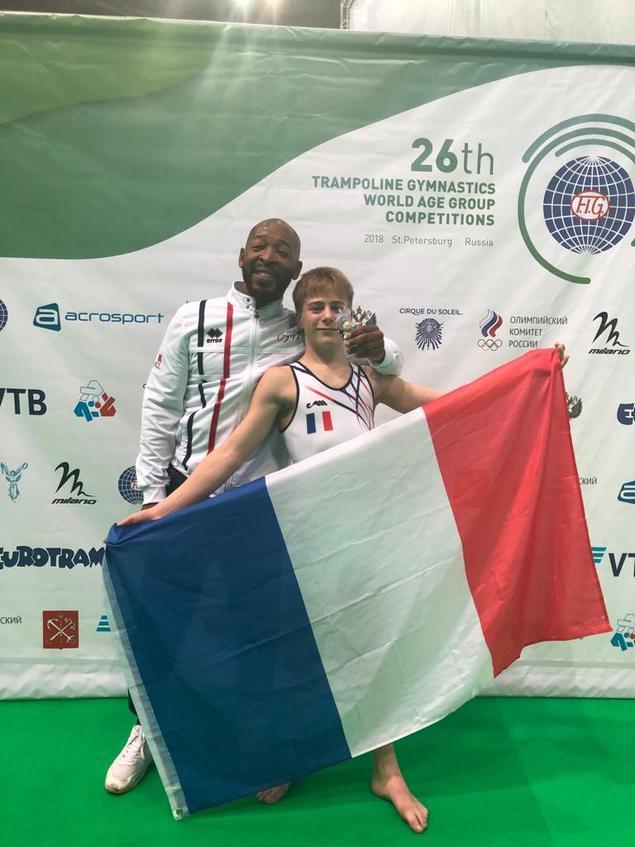 Axiel DURIEZ (Les clayes sous bois) Champion du Monde !